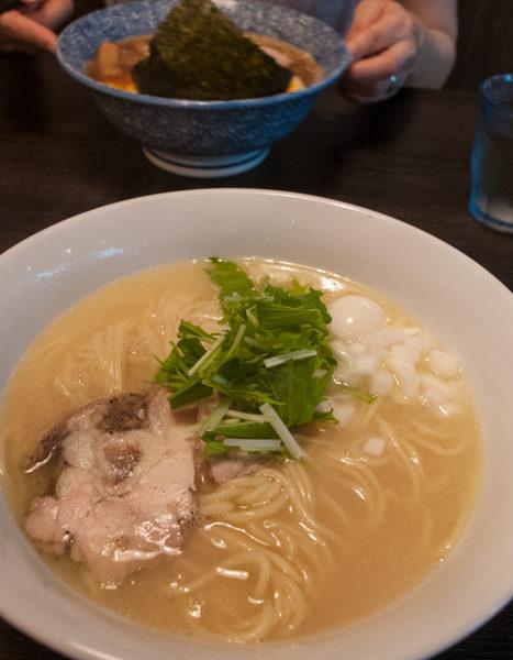 【浮浪雲/池袋】鶏白湯そば(700円)