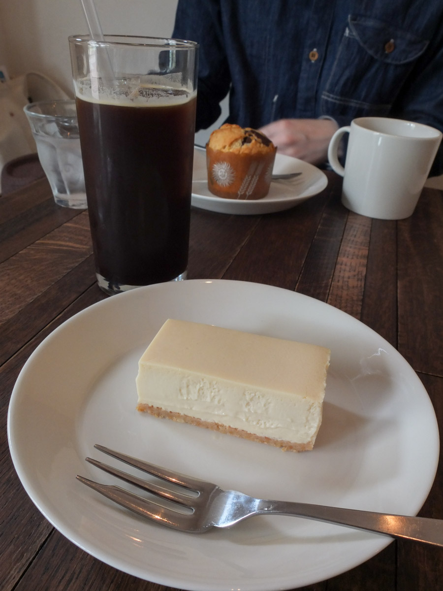 1roomcoffee-03