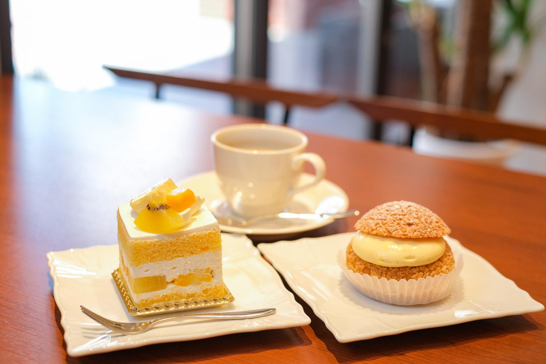 パティスリーエクロールのケーキセット