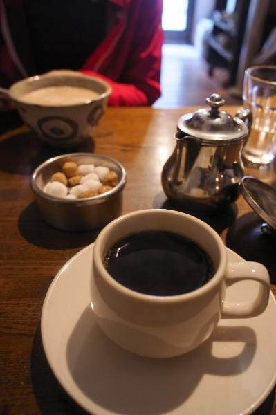 qwalunca cafe-02.jpg