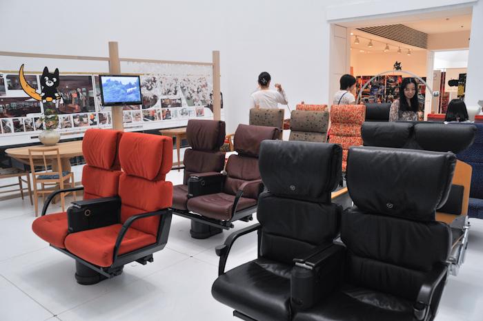 水戸岡鋭治の鉄道デザイン展-05